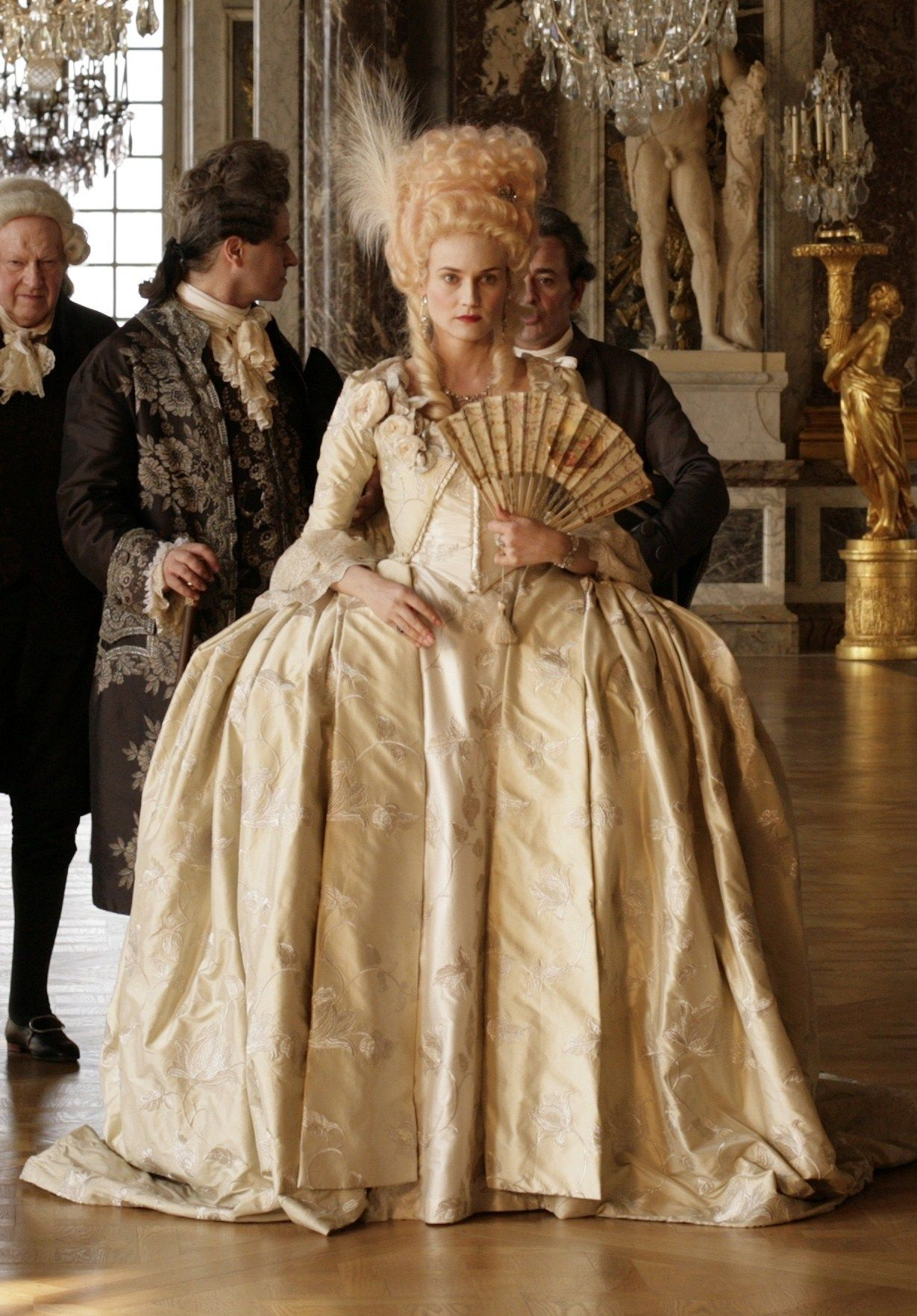 Lilith et adalia diane kruger as marie antoinette for French rococo fashion