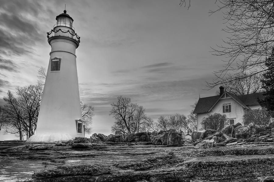 black and white lighthouse | Black and white | Pinterest