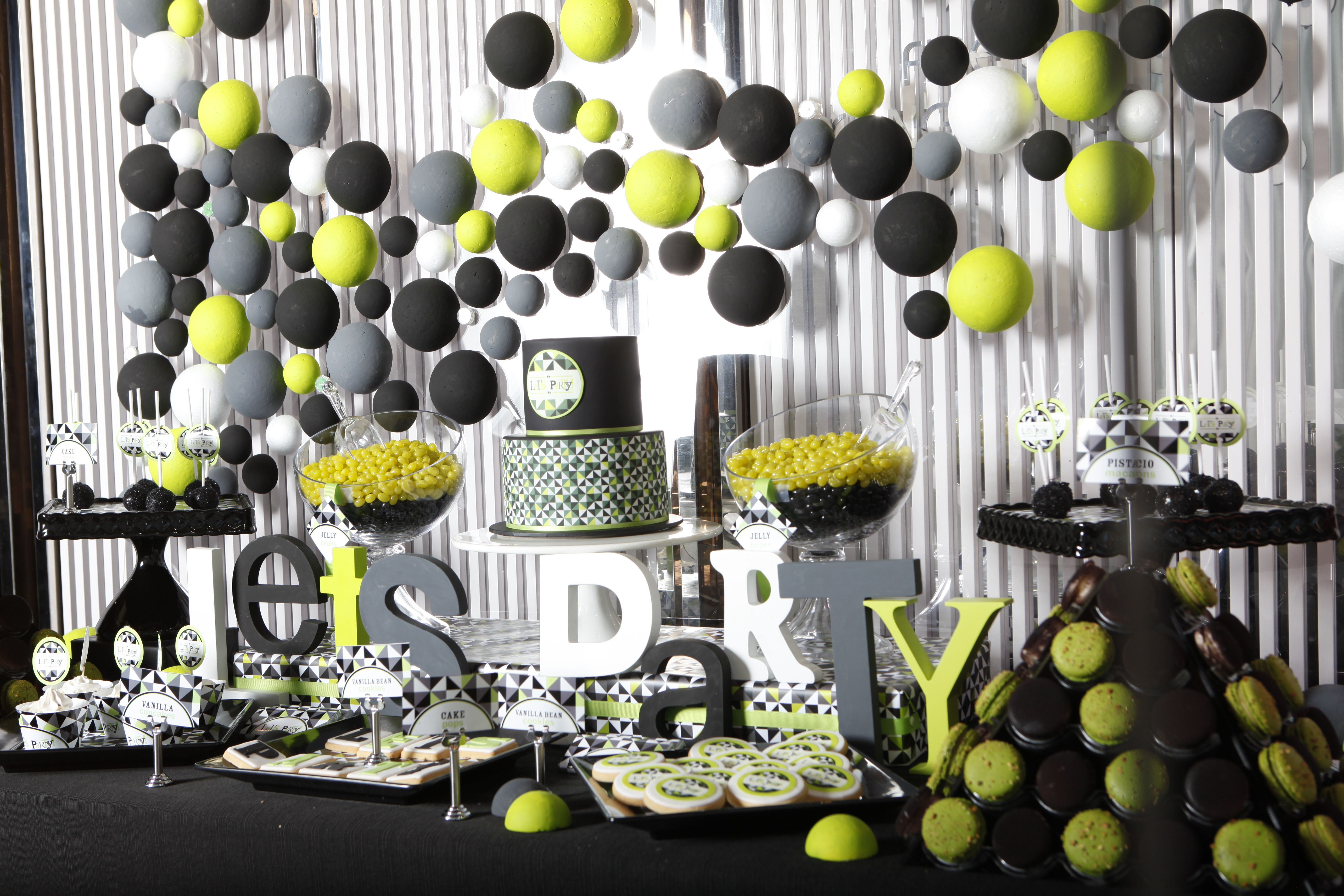 Adult party table decoration ideas - Adult Party Table Decoration Ideas 18