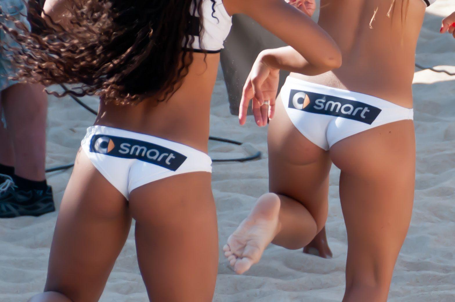Эротические фото в женском пляжном волейболе 17 фотография
