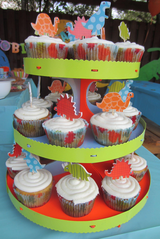 Dinosaur cupcakes  Party Ideas  Pinterest
