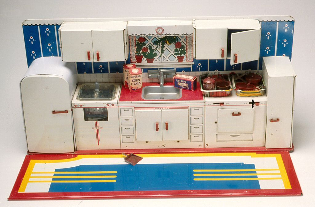 Superior kitchen play set 1950 1960 vintage toys and for Kitchen set game
