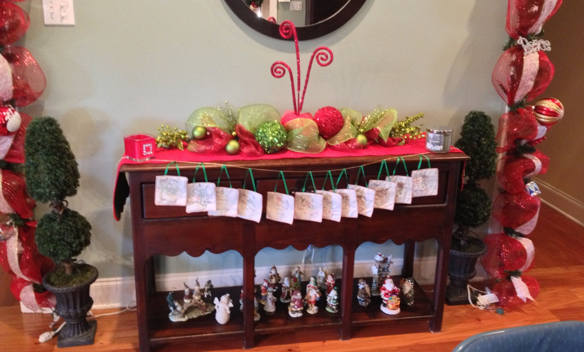 buffet table christmas decorations christmas ideas