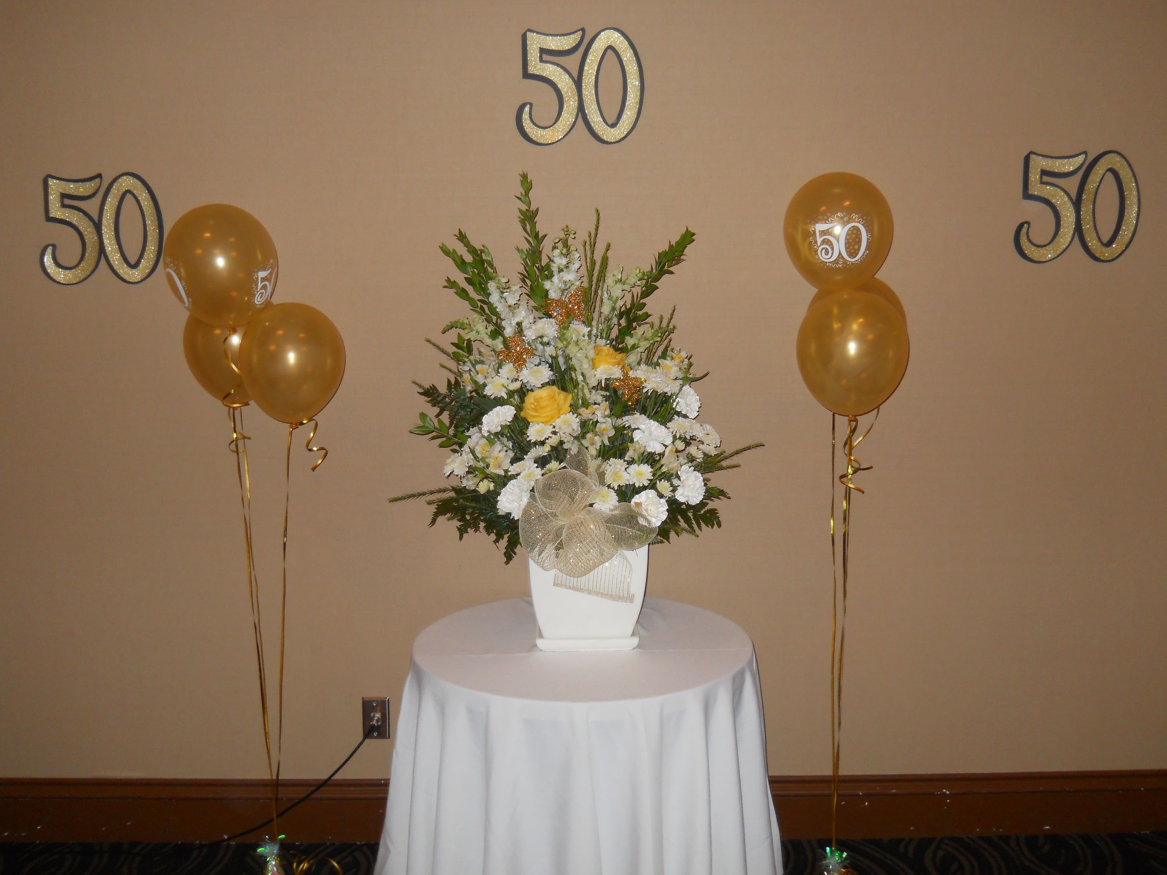 Inspiring 50th Wedding Anniversary Flower Arrangements Photos ...