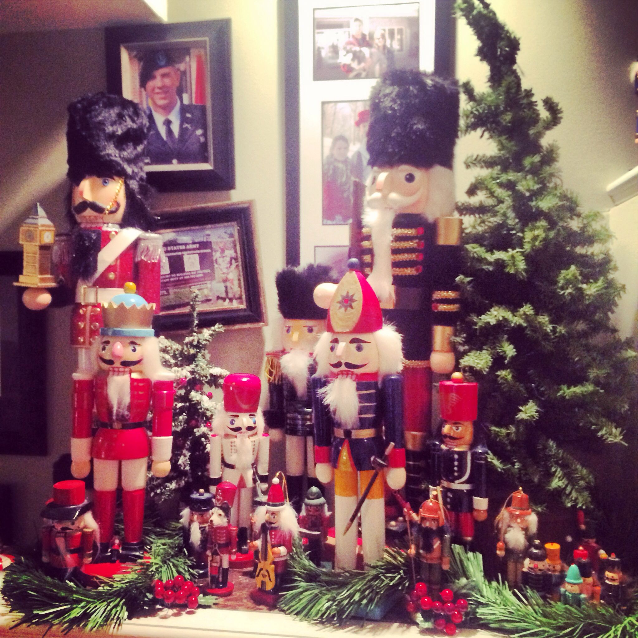 Nutcrackers, Christmas decorations  christmas  Pinterest ~ 222853_Christmas Decorating Ideas With Nutcrackers