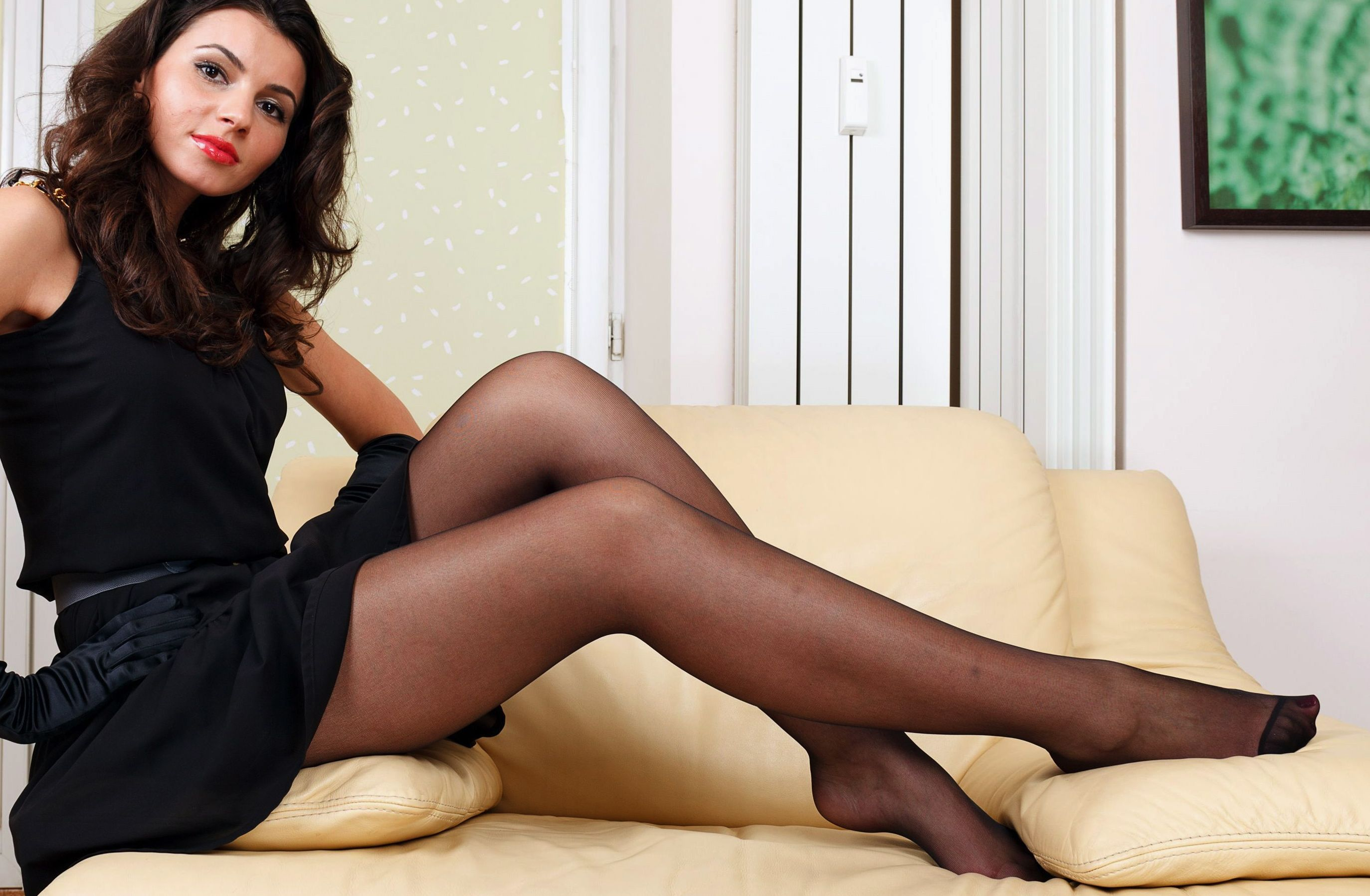 high Sheer heels and pantyhose