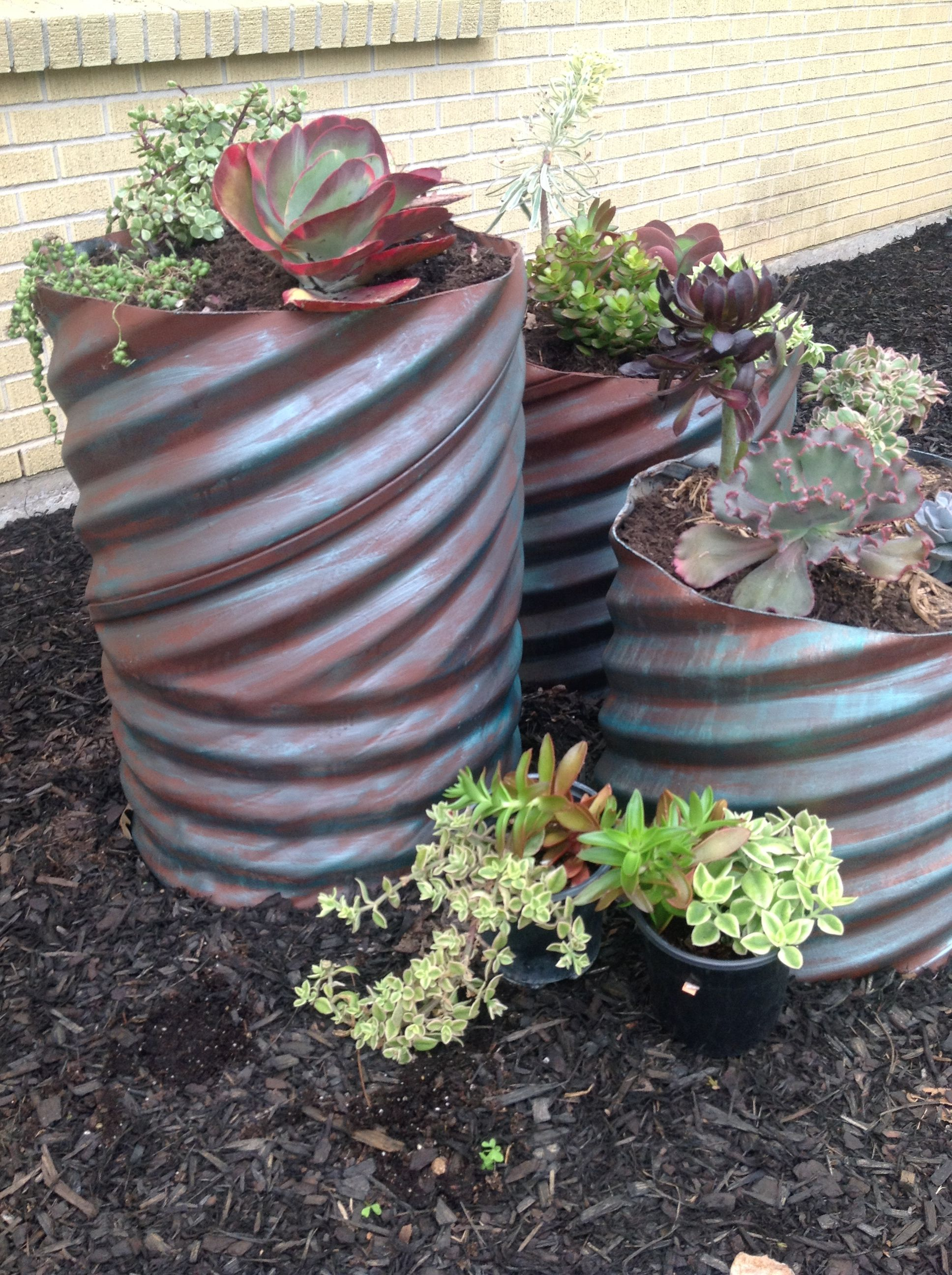 Recycled garden planters planters planter boxes pinterest - Recycled containers for gardening ...