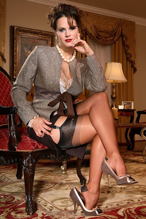 Promiscuous office MILF in old fashioned stockings Penny Flame fucking № 466237 бесплатно