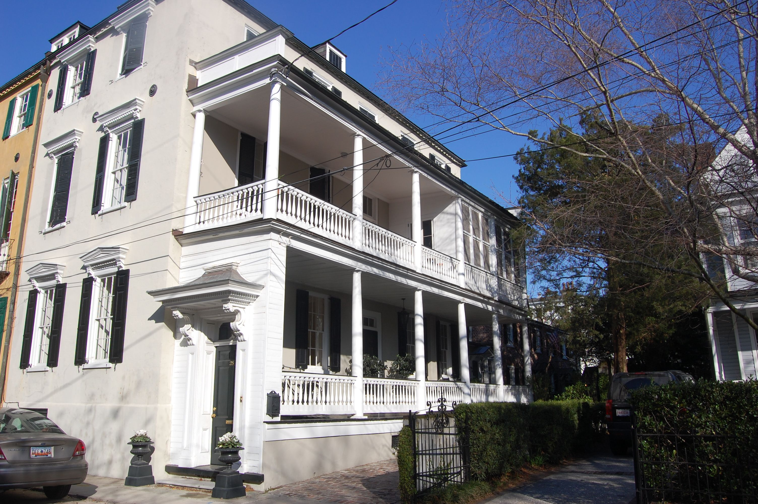 Pin by lois lane properties on south of broad charleston for Charleston single house