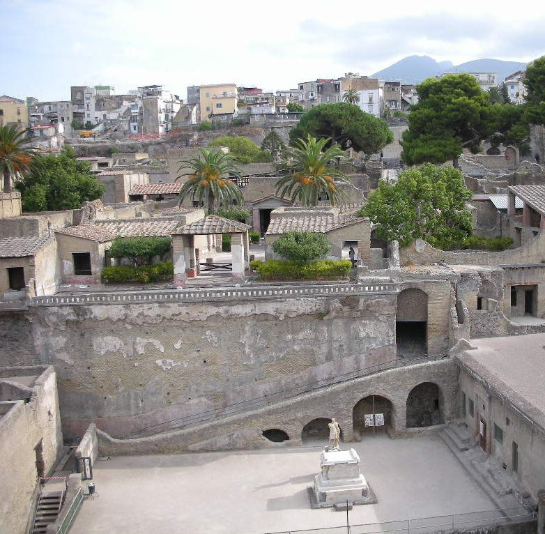 pompeii and herculaneum essays