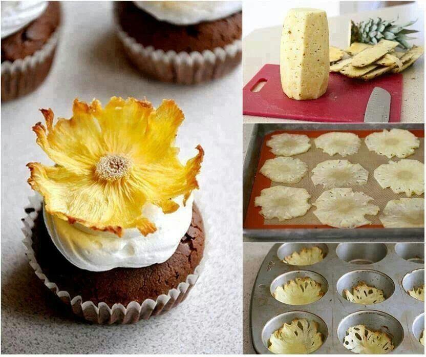 Dried pineapple flowers | Desserts | Pinterest