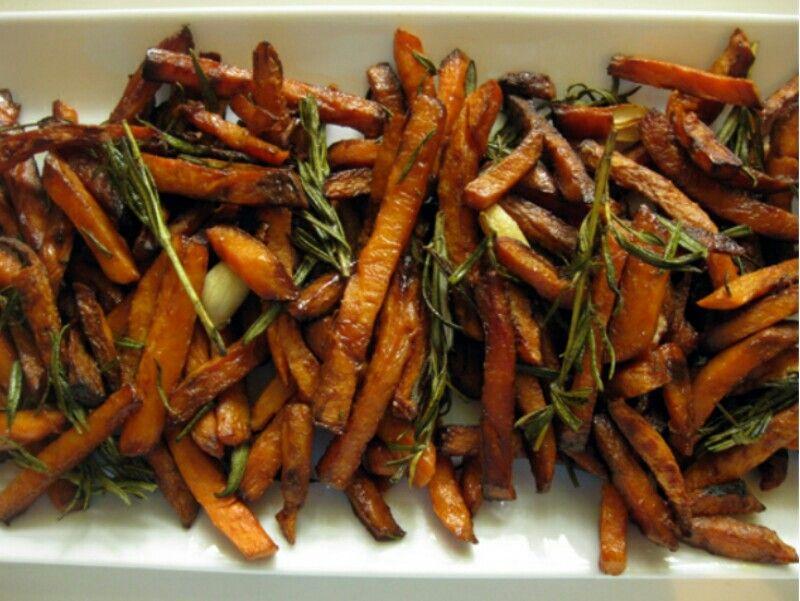 Rosemary Garlic Sweet Potato fries | Chubby | Pinterest