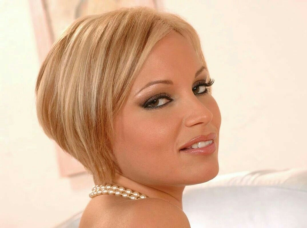 Adorable MILF Szilvia Lauren gets her hairy pussy licked and cocked up № 61473 без смс