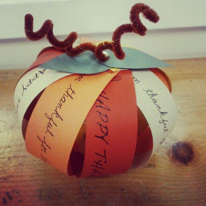 Thanksgiving craft diy pinterest for Diy thanksgiving crafts