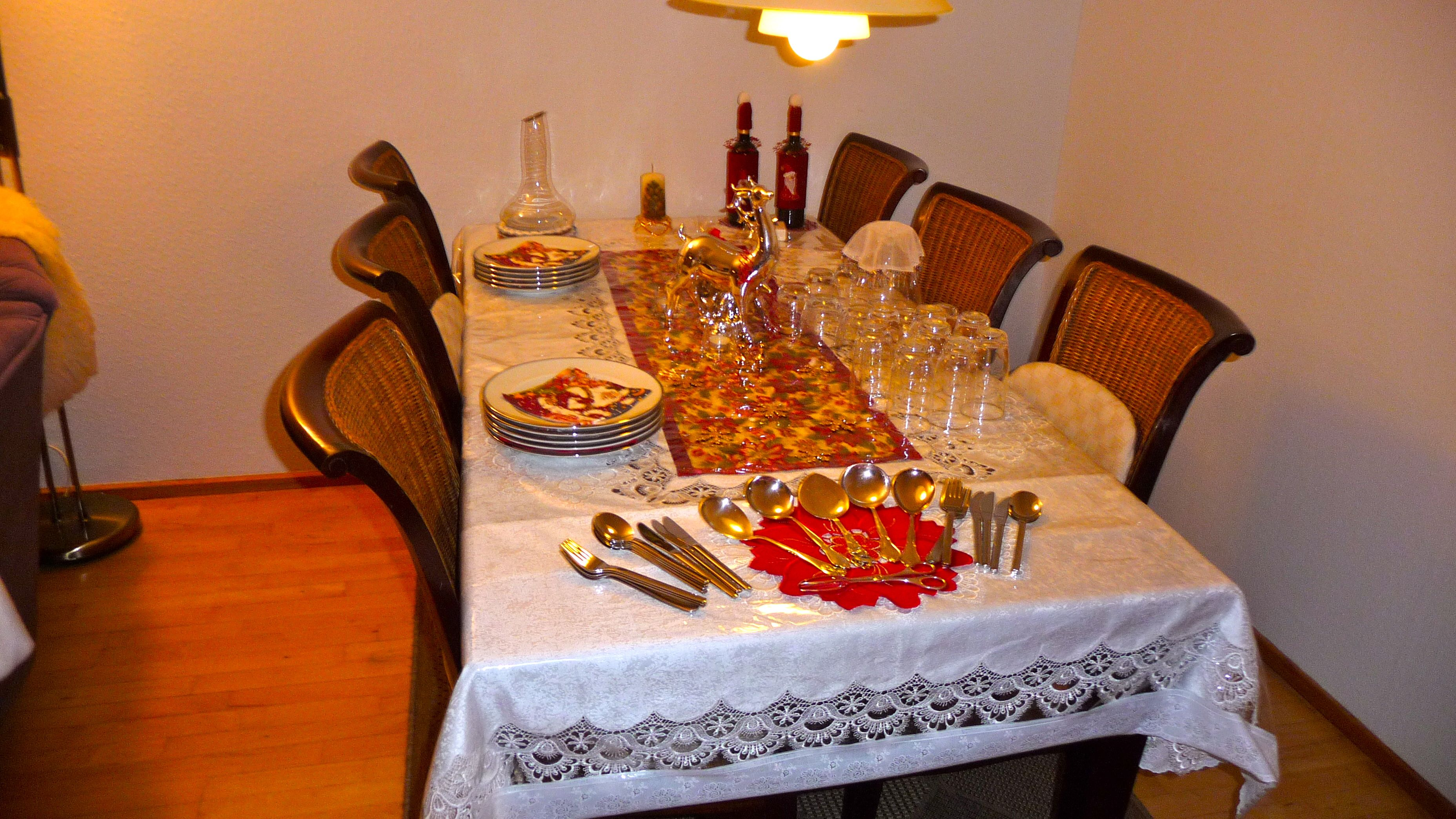 Christmas Buffet Table Setting 2012 Everything Beautiful