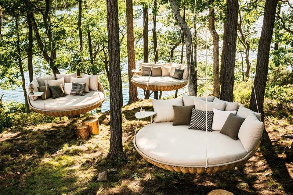 Round swings garden inspiration pinterest for Round porch swing
