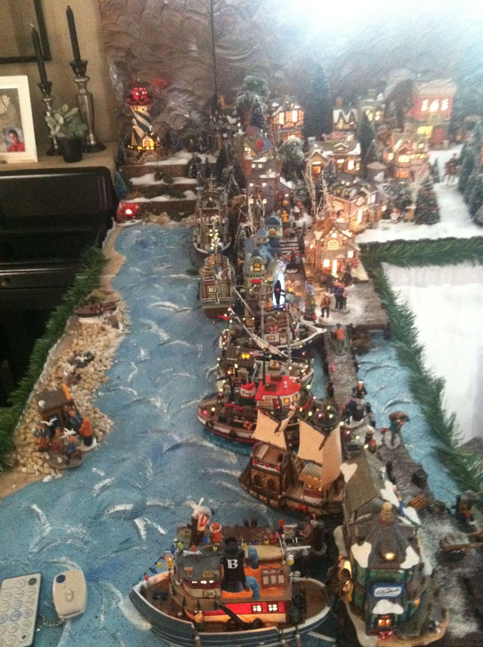 2011 Lemax Christmas Display Docks Christmas Village