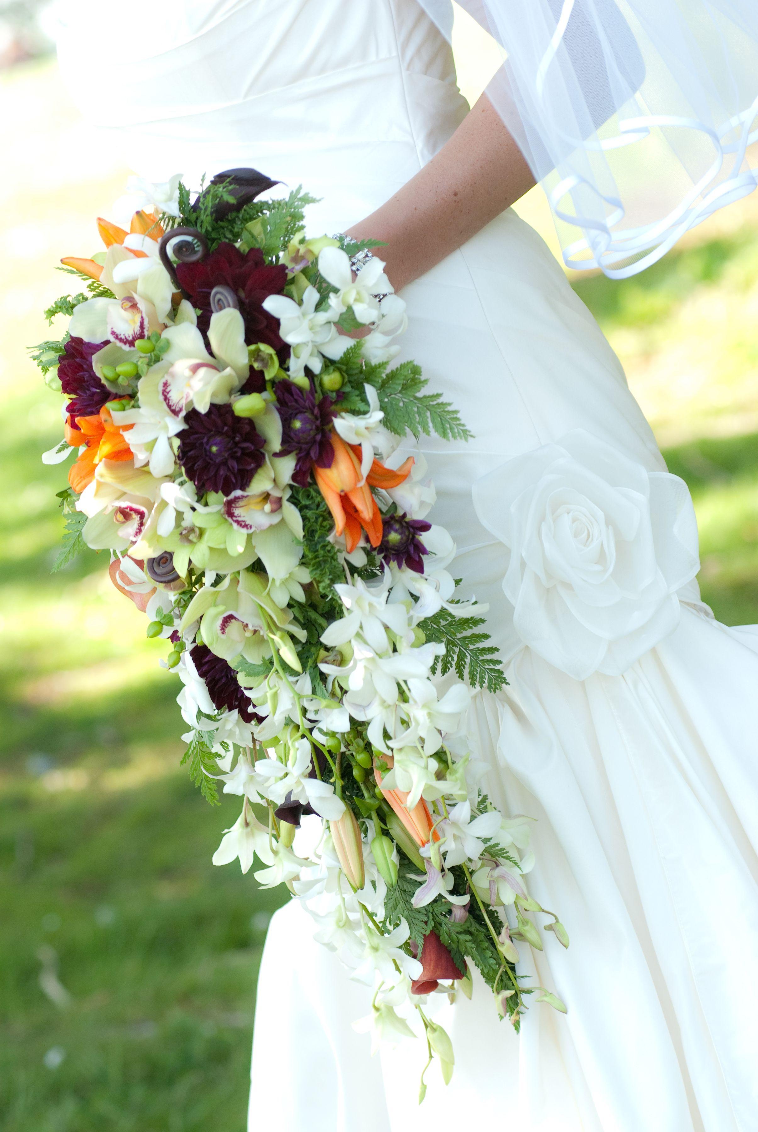 Wedding Cascade Bouquet Ideas : Cascade bouquet wedding ideas