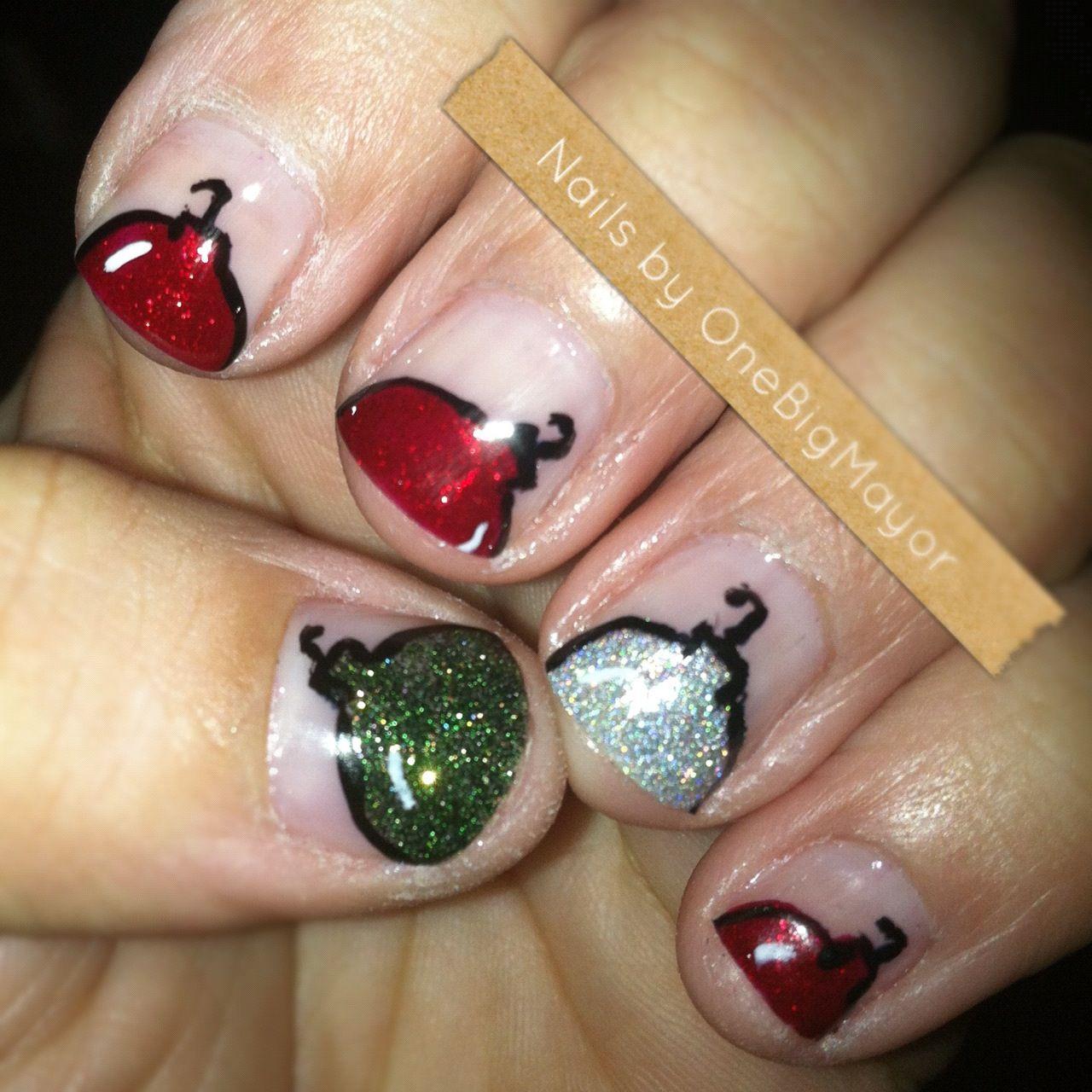 christmas ornament nail art -#main