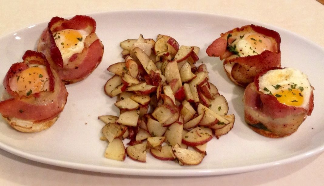 Bacon Egg Muffin Cups w/ Roasted Red Skin Potatoes: Used recipe at end ...