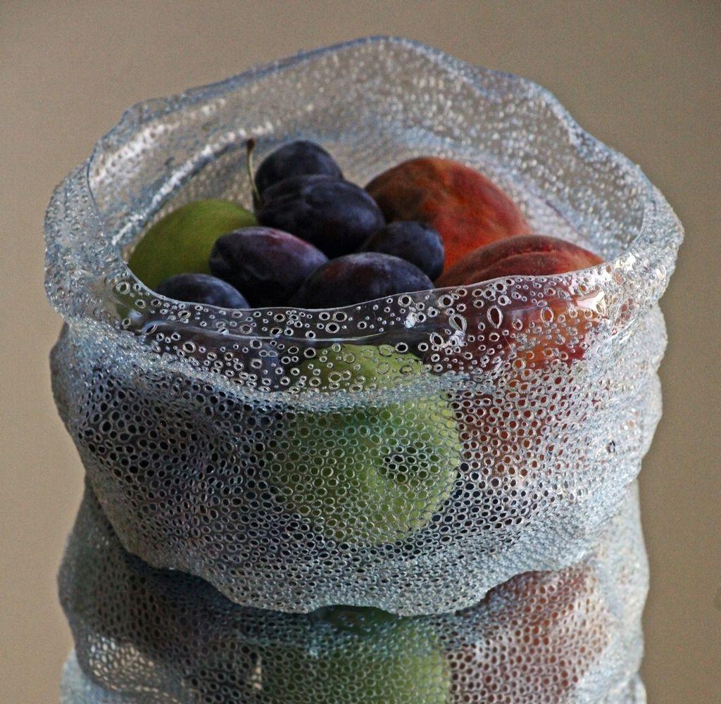 Как сделать клубнику из пластиковых бутылок пошаговая