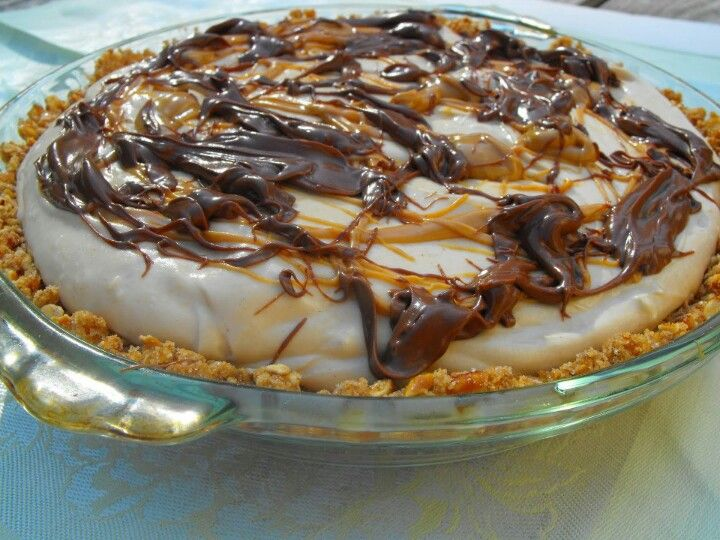 Peanut butter pie with pretzel crust | Recipes ~ Desserts | Pinterest