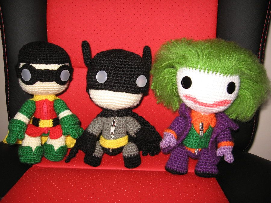 Knitted Batman characters Funny pictures Pinterest