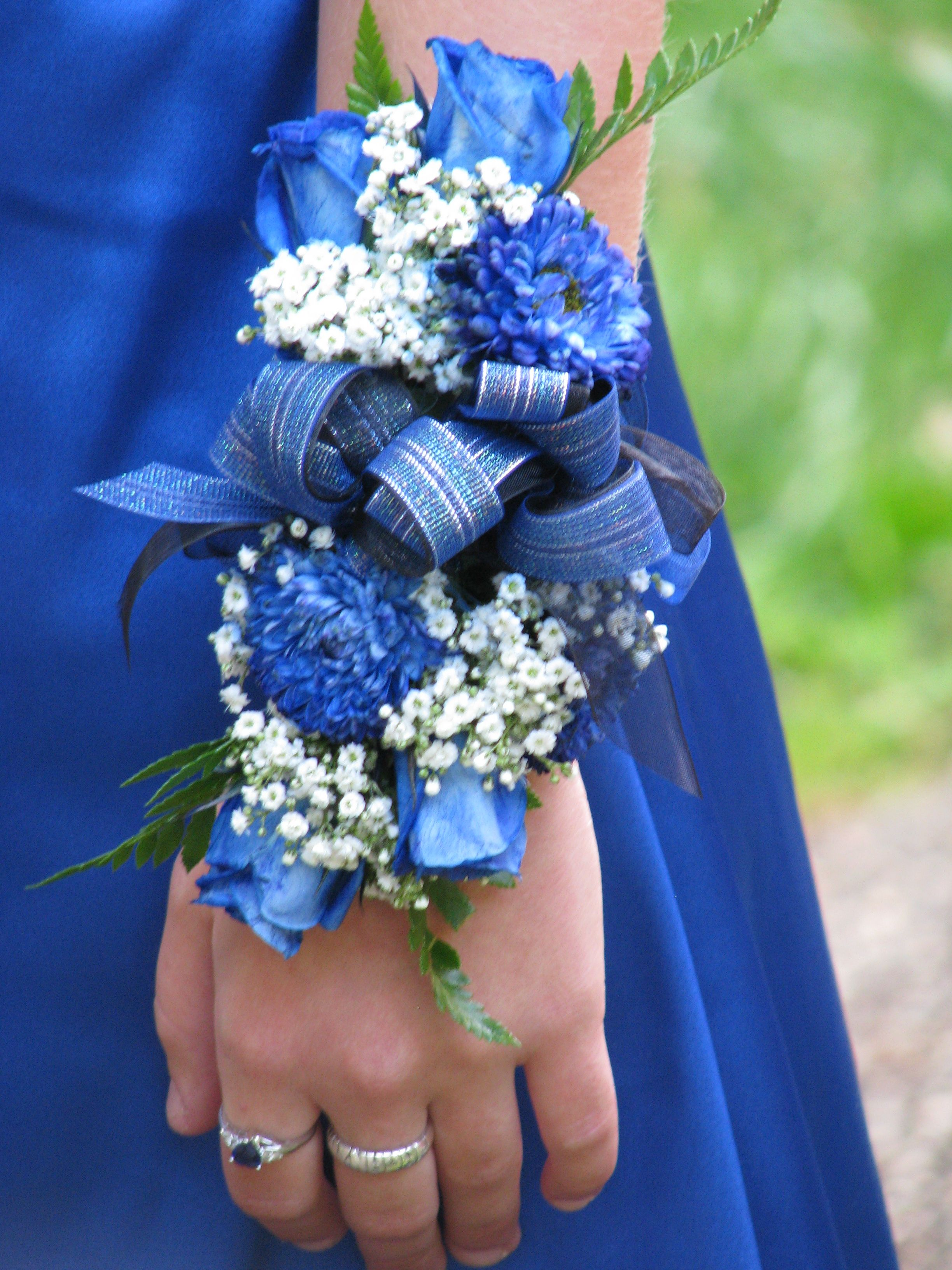 how to make a corsage for prom