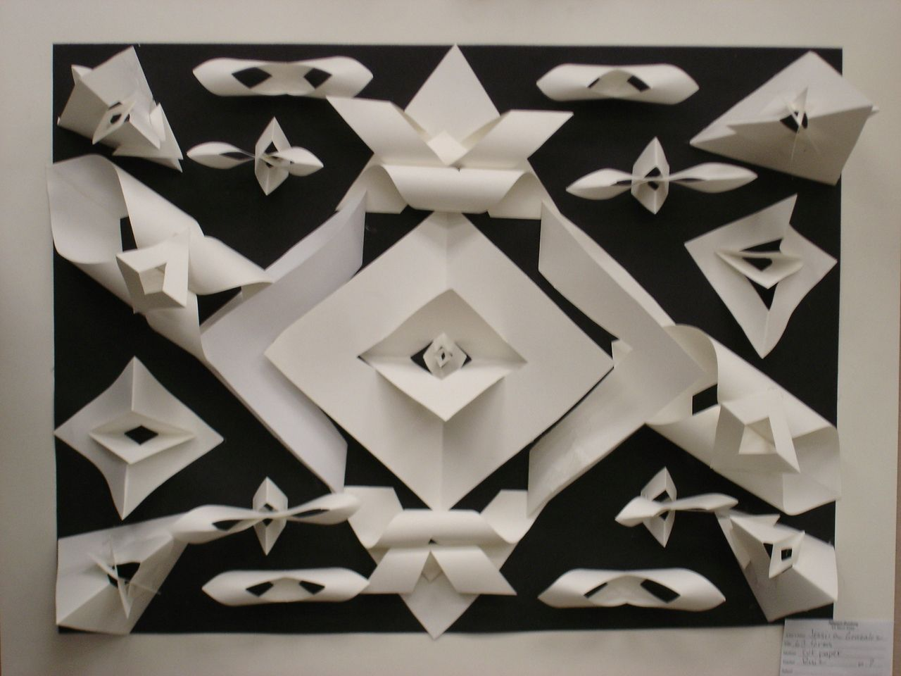 paper relief sculpture In this video i use my love of modern a design to show you how to take card stock paper, elmer's glue products diy 3d geometric sculpture tips of the week.