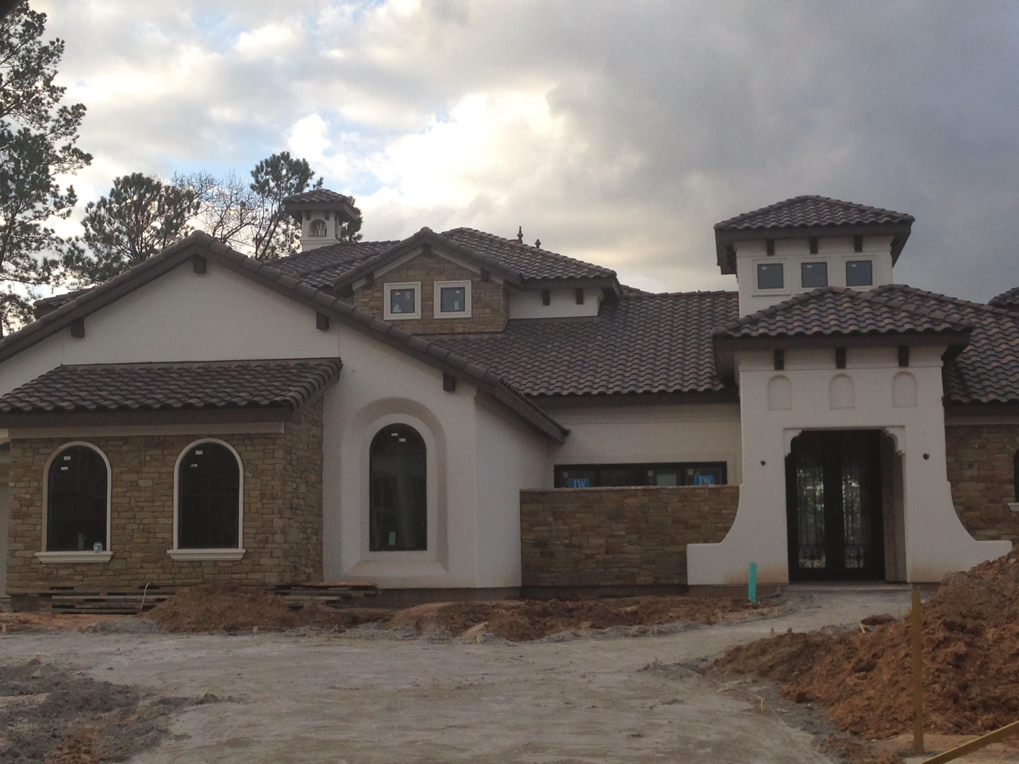 Stone stucco and accents for the home pinterest for Houses with stone accents