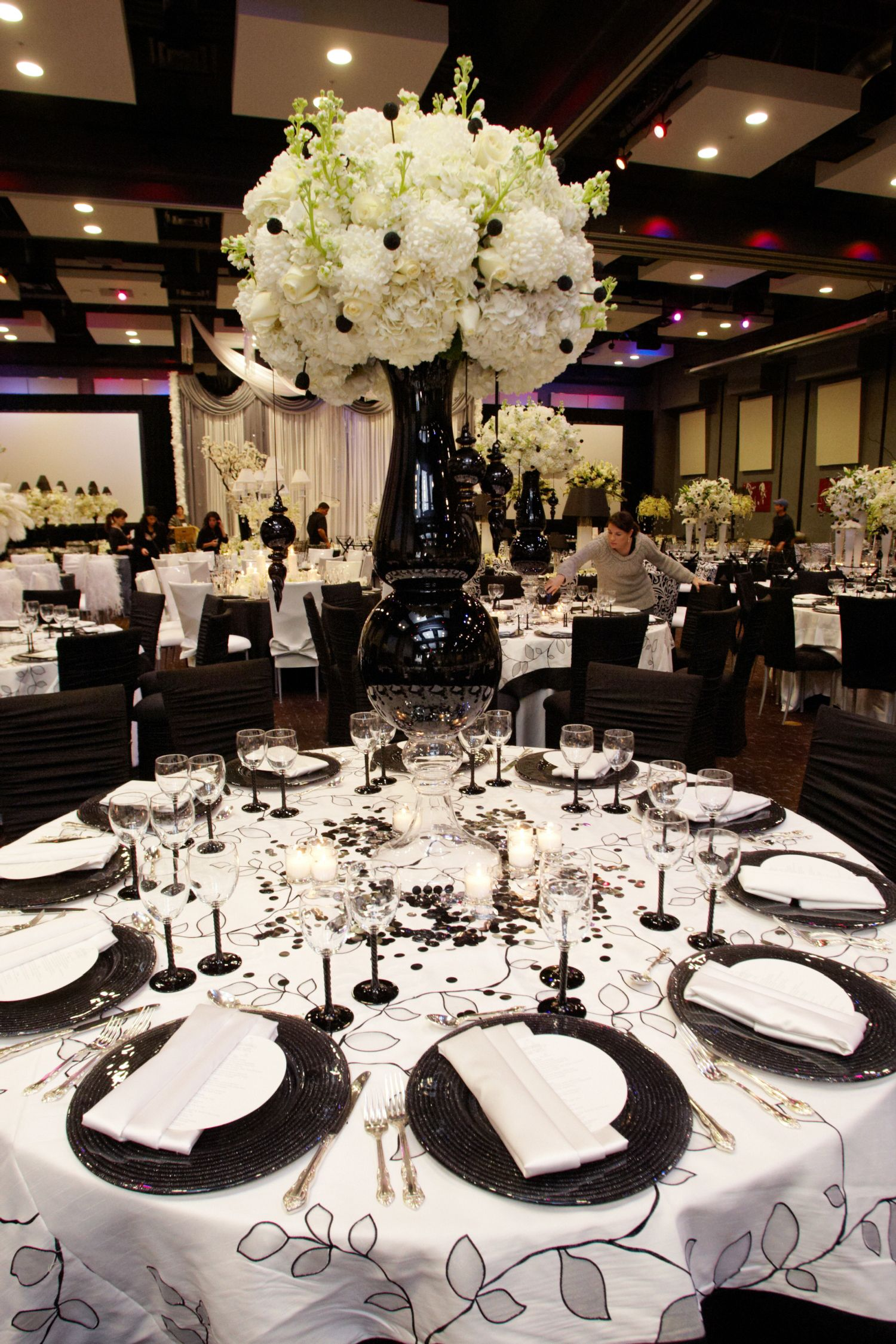 Wedding Reception Decor Black And White : Pin by a leading limousine inc on black white