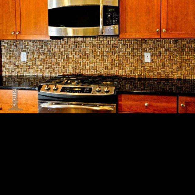 wine cork backsplash crafty ideas for the home pinterest