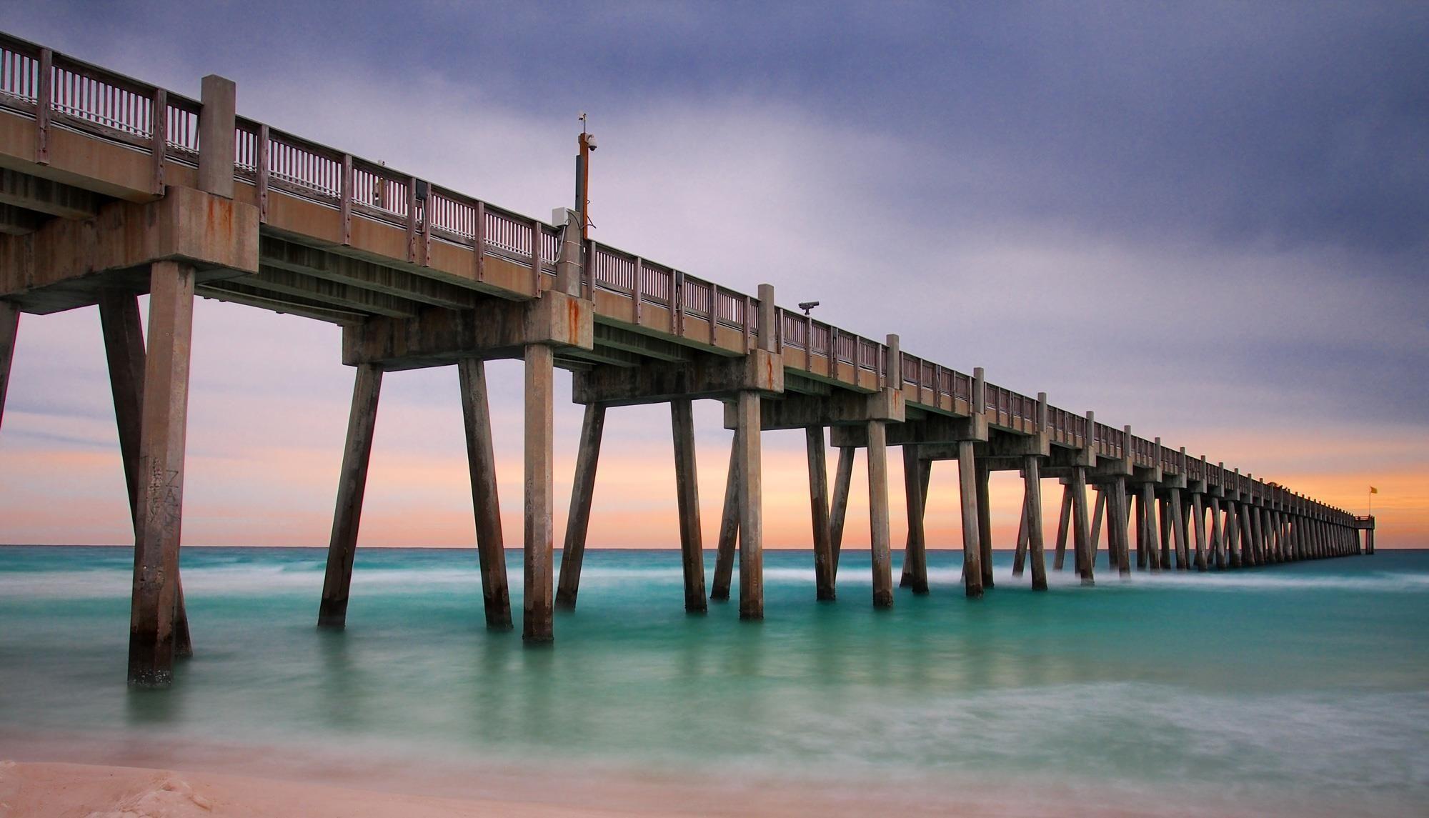 Pensacola pier beach pensacola beach perdido key for Navarre fishing pier