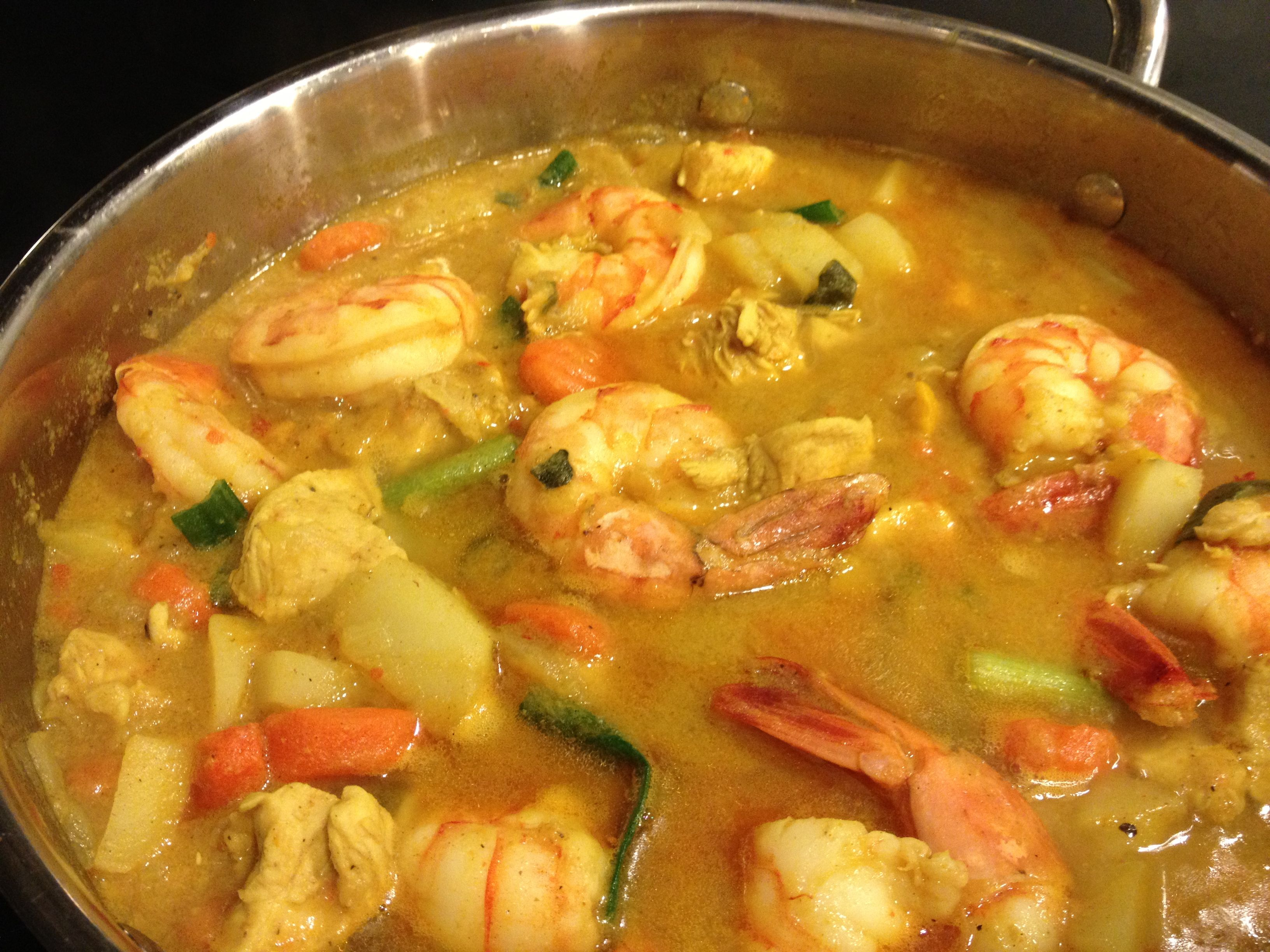 Coconut curry shrimp and chicken   I eat that!   Pinterest