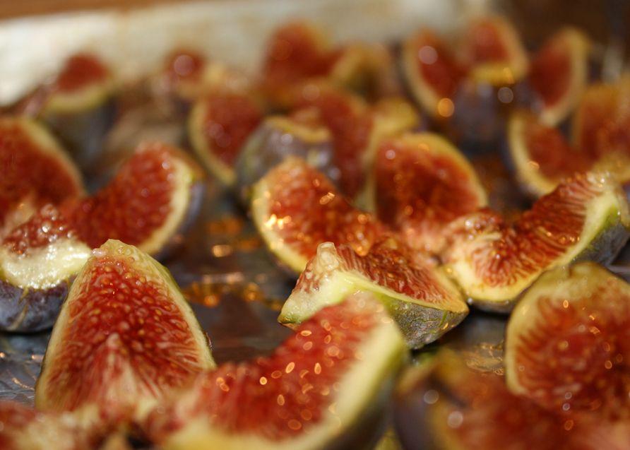 Fresh Figs With Cashew Cream Recipes — Dishmaps