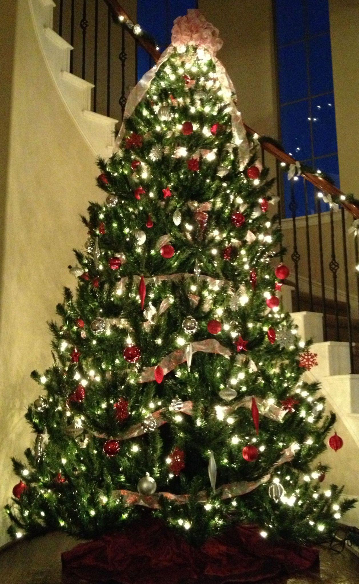Christmas tree silver red everything christmas - Christmas tree silver and red ...