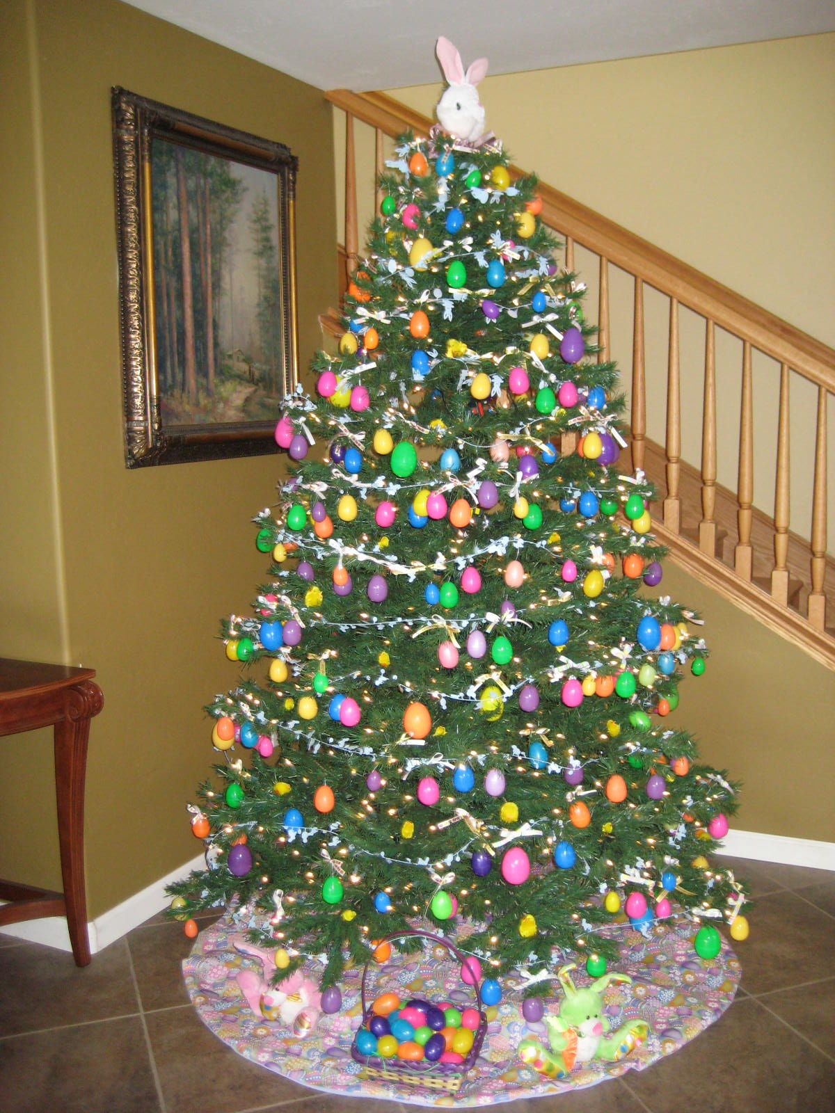 Decorate Christmas Tree For Easter : Easter tree