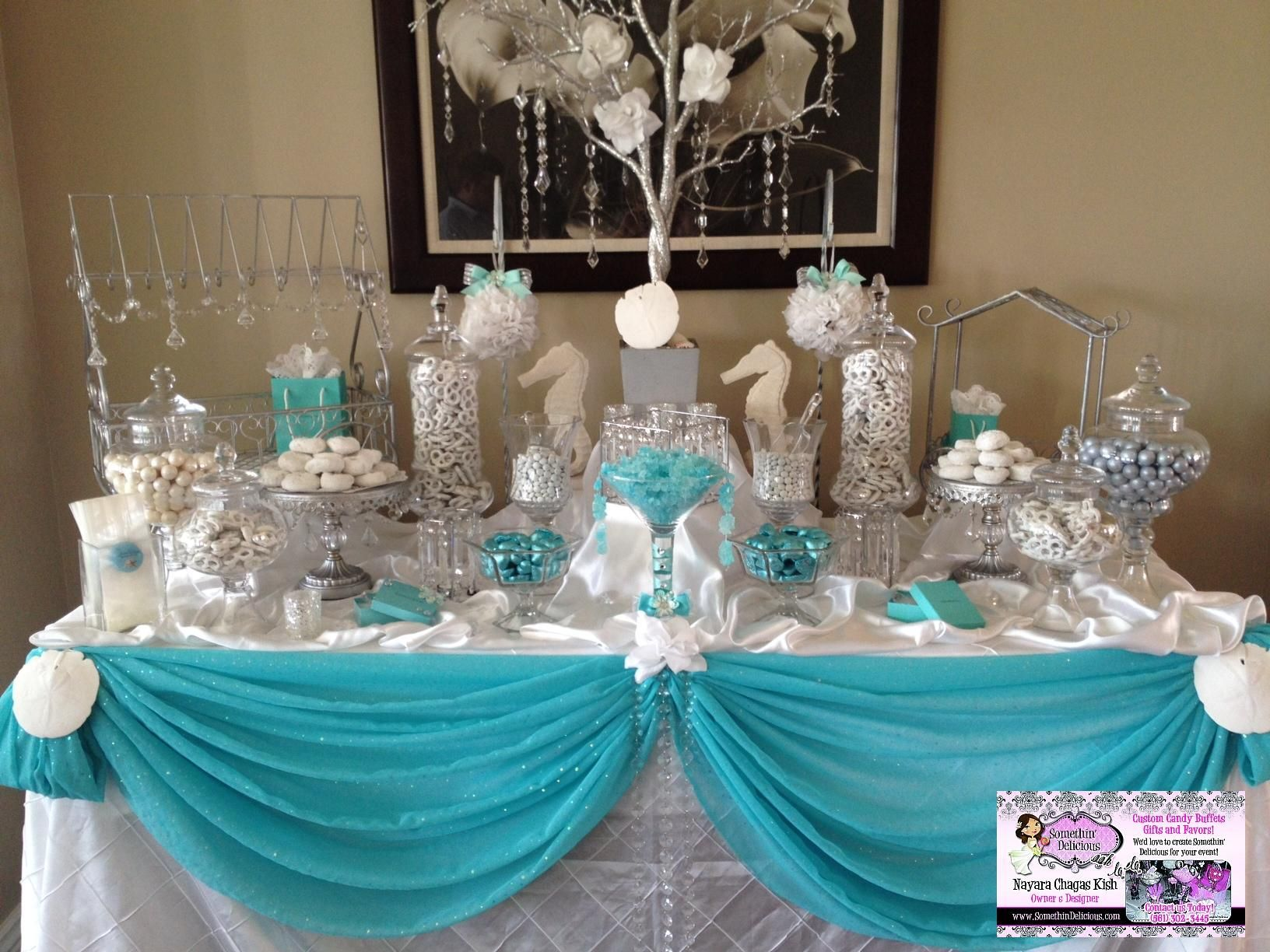 Buffet candy buffet and candy on pinterest for Decoration sweet table