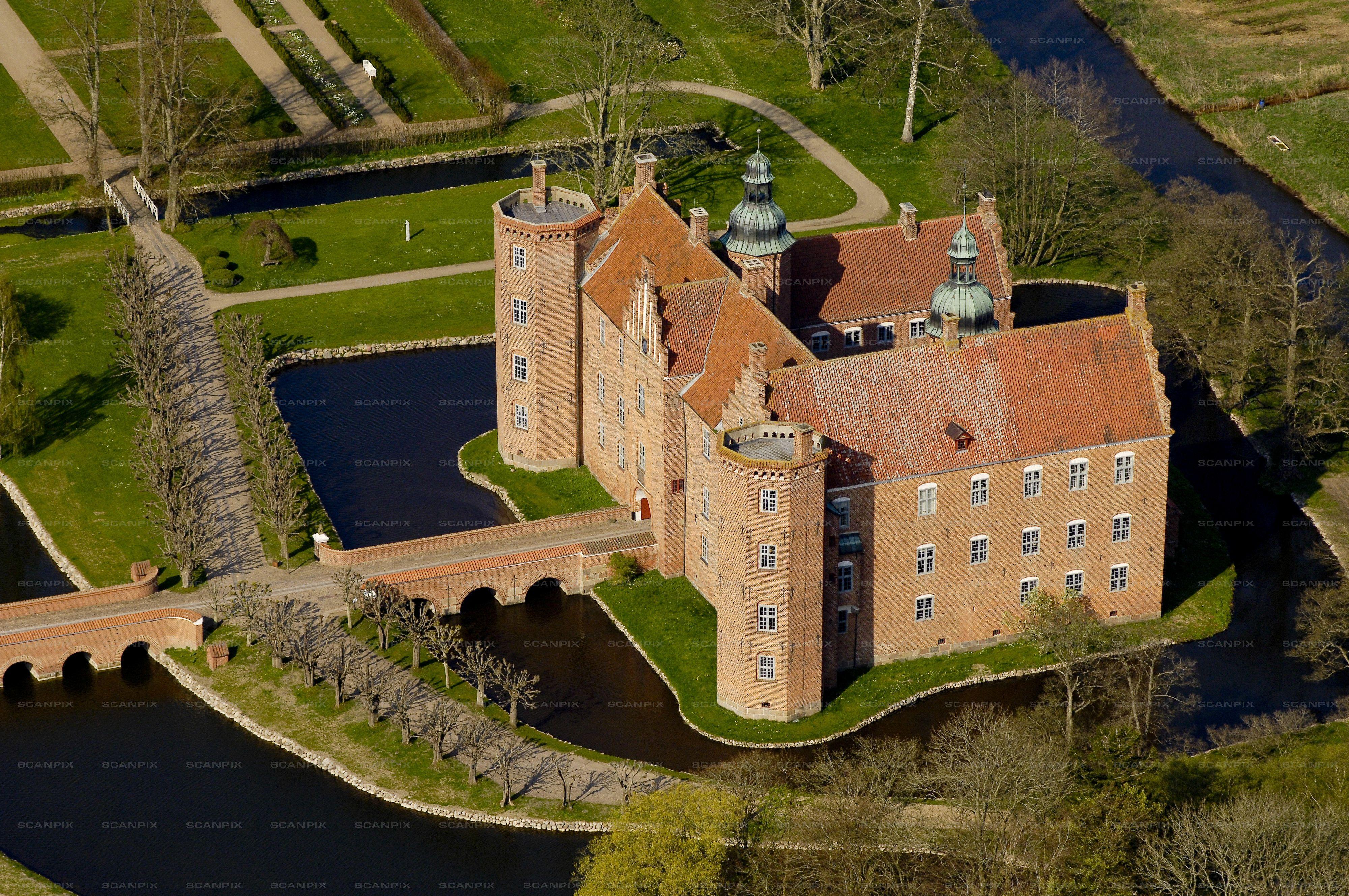 gangbang Aalborg gl Estrup Slot