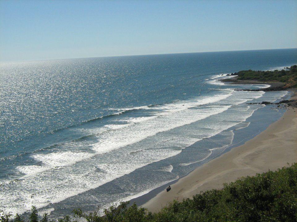 Las Flores Beach Resort El Salvador