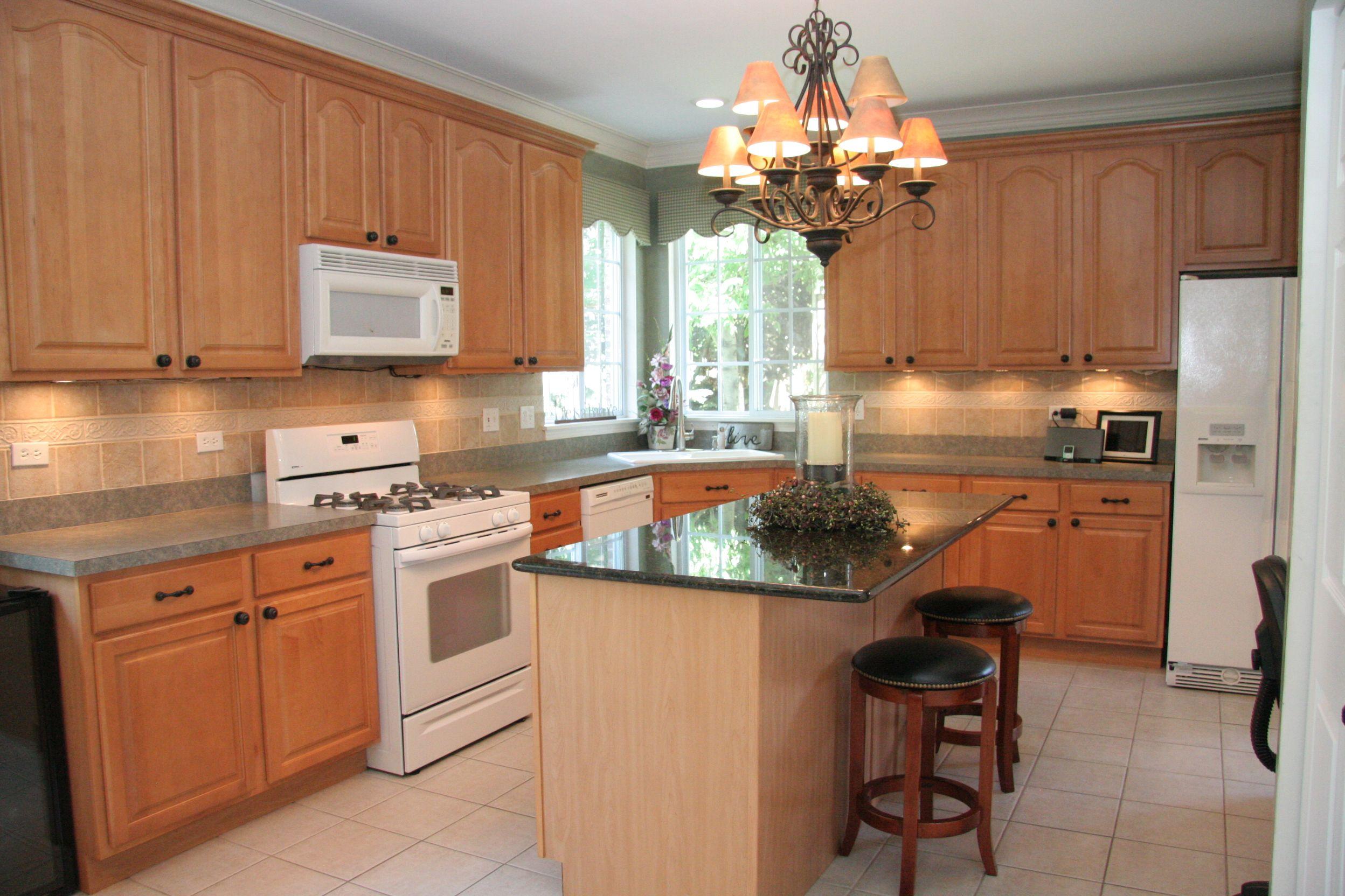 Gourmet island kitchen kitchens pinterest for Gourmet kitchen islands