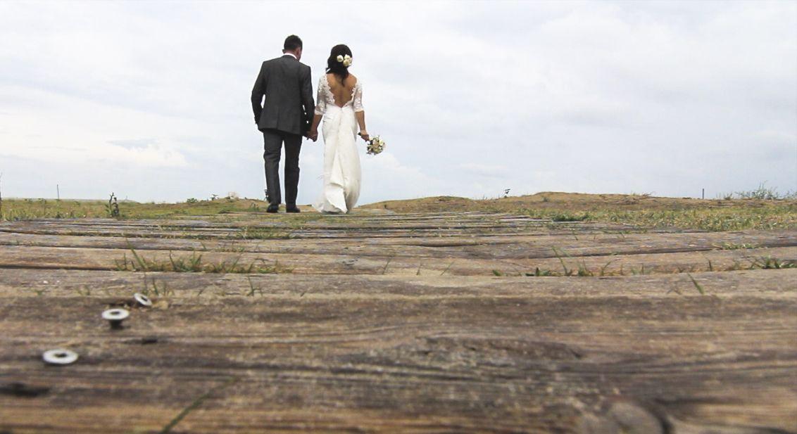 La playa puede ser un lugar maravilloso para realizar tu fotografía de boda
