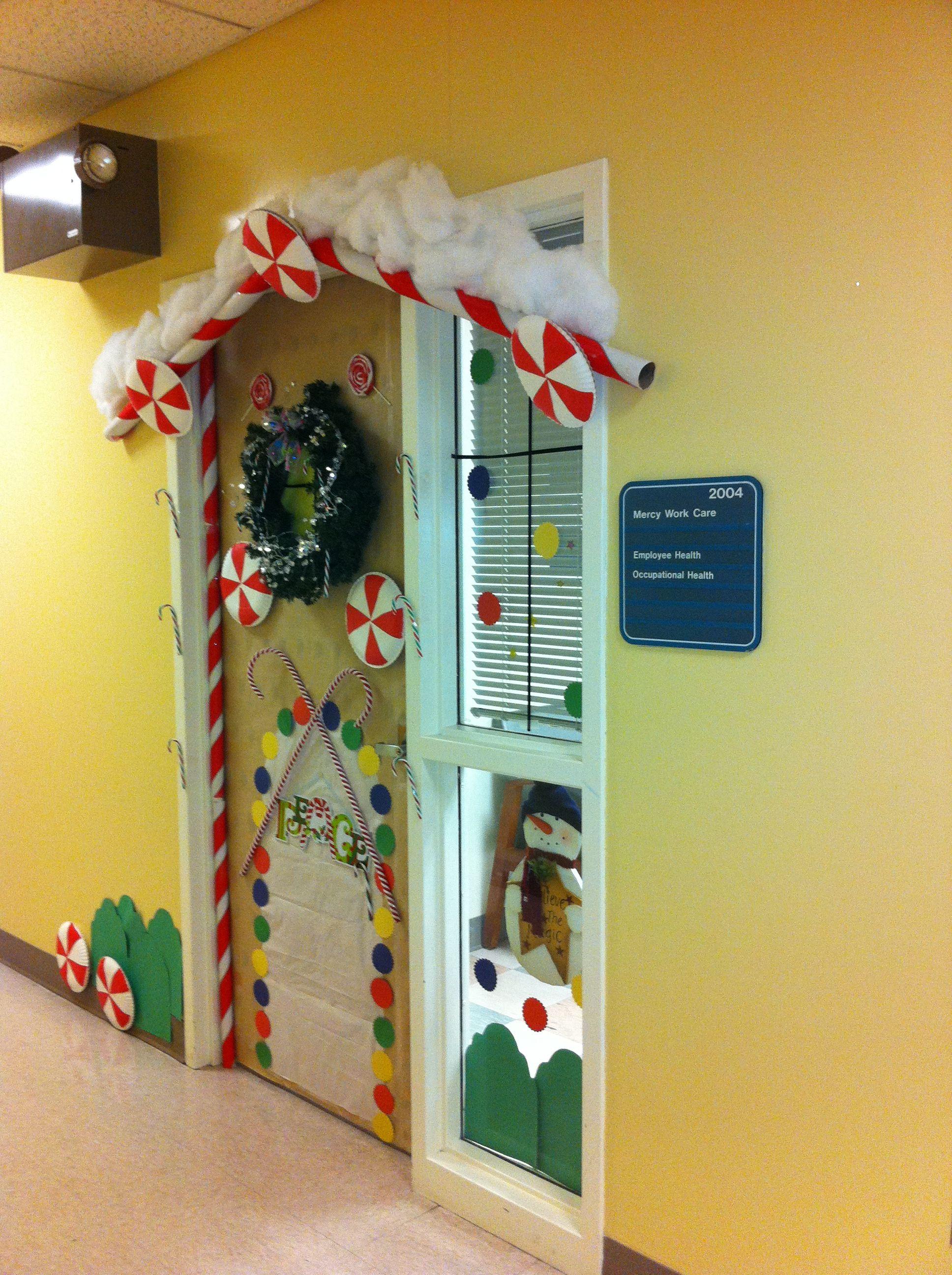 Candyland Christmas Door Decoration Ideas : Christmas door decorating contest