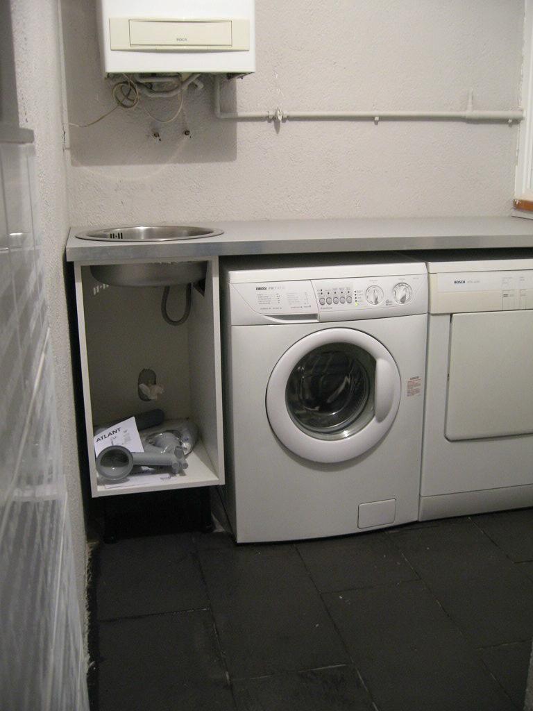 Pin casa y muebles dias meses el tiempo the weather on for Mueble lavadora secadora ikea