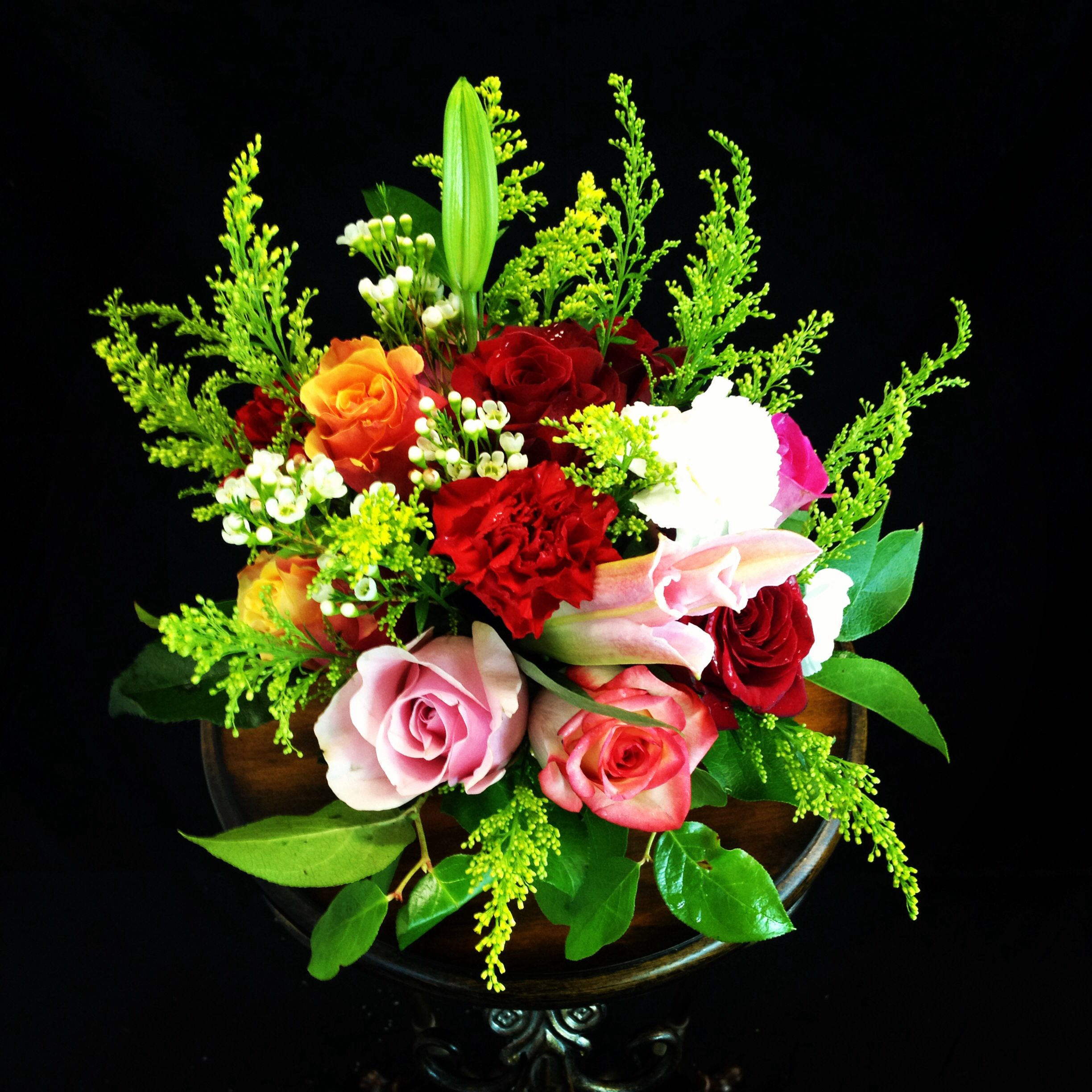 fresh flower arrangement tips the image