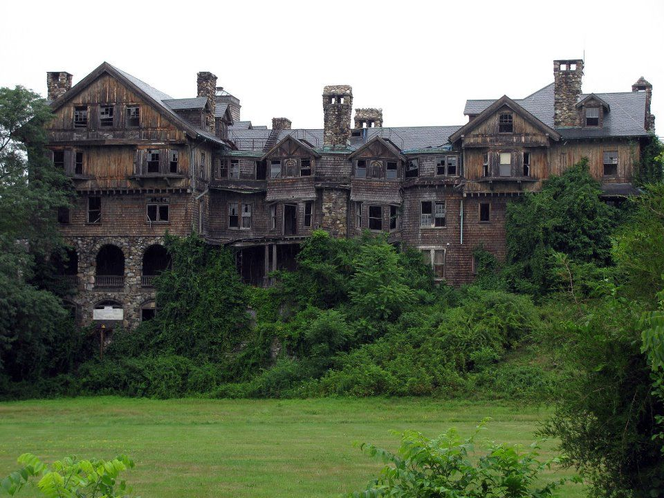 Abandoned school for girls in upstate ny new york state my home s - The house in the abandoned school ...
