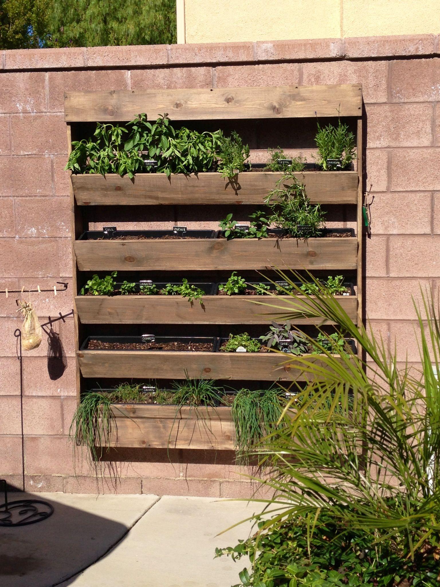 Herb Wall Garden exteriores Pinterest