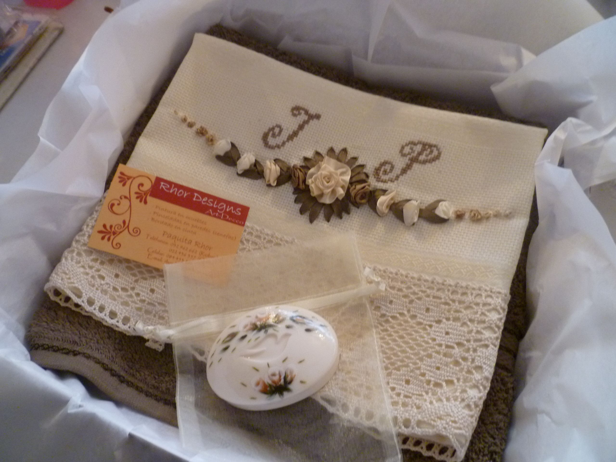 Servilletas para bautizo punto orillas a crochet rosas new style for 2016 2017 servilletas - Servilletas personalizadas ...