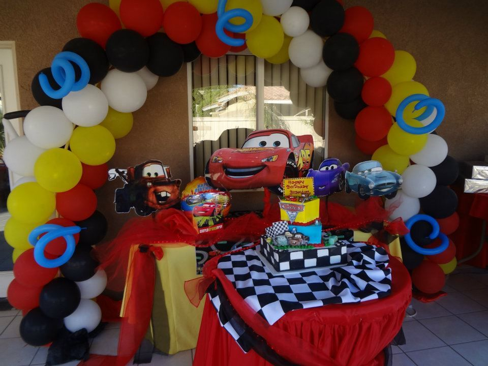 Cars theme party decoration birthday ideas for bray for Balloon decoration cars theme