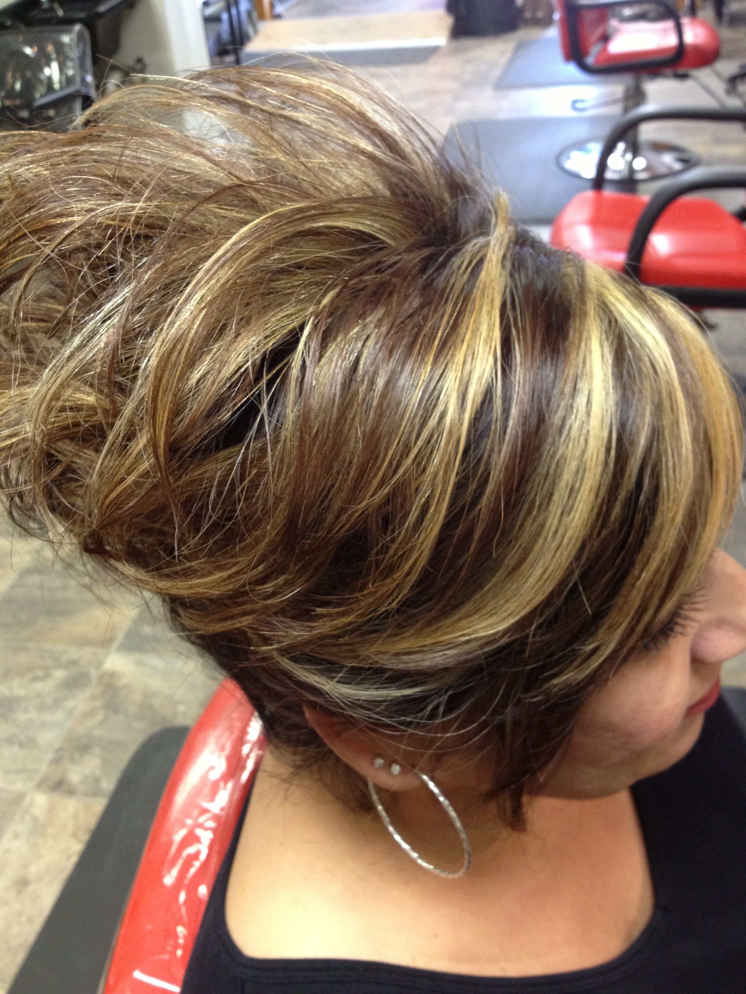 inverted bob with chunky highlights Car Pictures